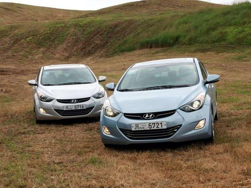 Hyundai Avante MDsedan 1.6 AT (2010 – n.)