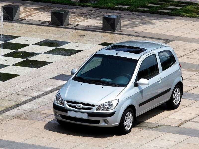 Hyundai Click 1st generation [restyling] 3 bit hatchback 1.4 AT (2005–2009)