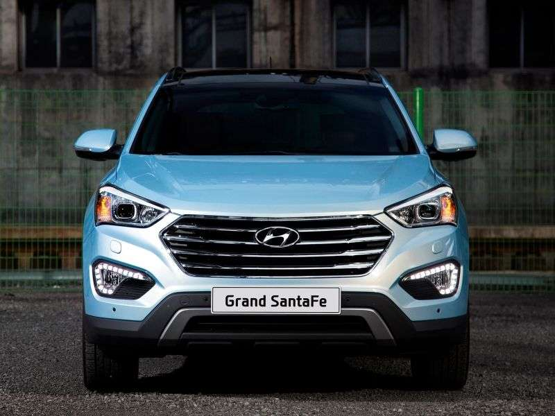Hyundai Santa Fe DMGrand 5 bit crossover. 3.3 AT (2013 – n. In.)