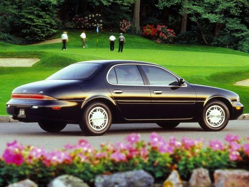 Infiniti J30 1st generation J30 AT sedan (1992–1997)
