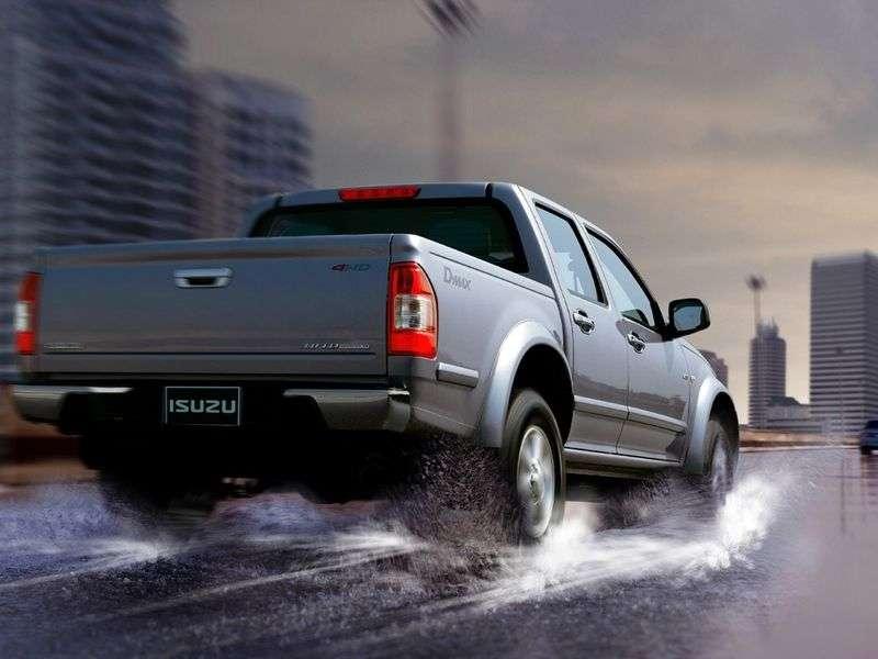 Isuzu D Max 1st generation pickup 3.0 TD 4WD MT (2008 – n.)