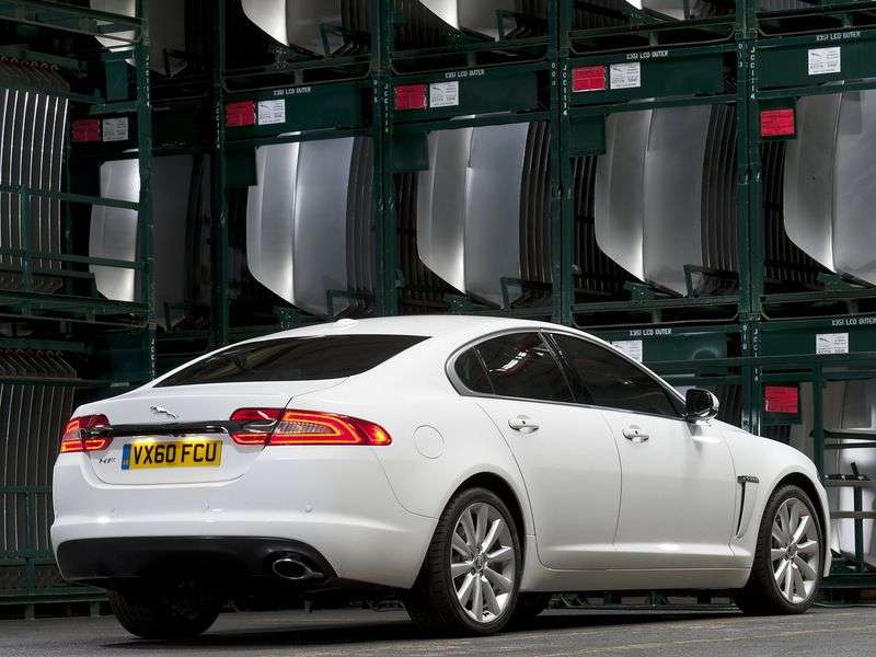Jaguar XF X250 [restyling] 4 door sedan 2.0 AT Portfolio (2012 – current century)