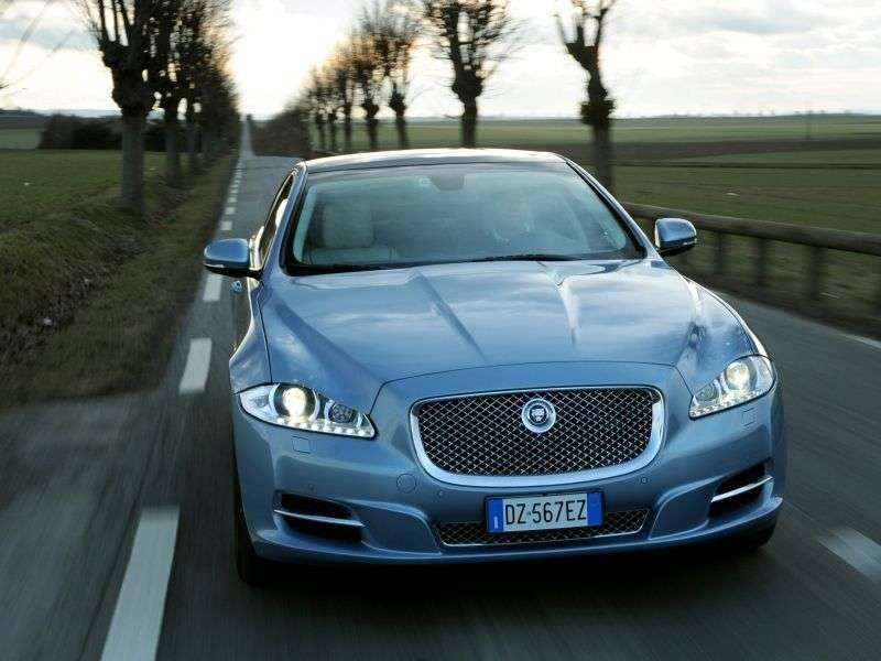 Jaguar XJ X351sandan 4 bit 3.0 AT SWB Premium Luxury (2009 – present)