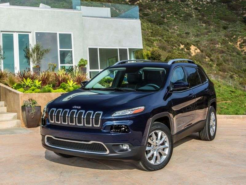 Jeep Cherokee KLV 5 door SUV. 3.2 AT (2013 – current century)