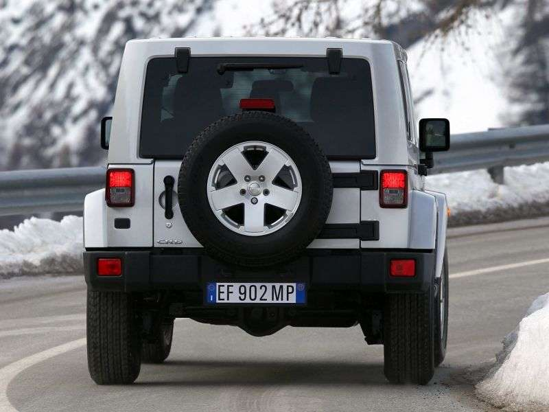 Jeep Wrangler JK [restyling] 4 doors convertible 2.8 TD AT Rubicon (2012) (2011 – current century.)