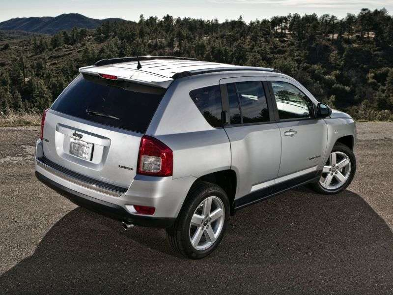 Jeep Compass 1st generation [restyling] 2.4 CVT crossover LIMITED (2012) (2011 – n.)
