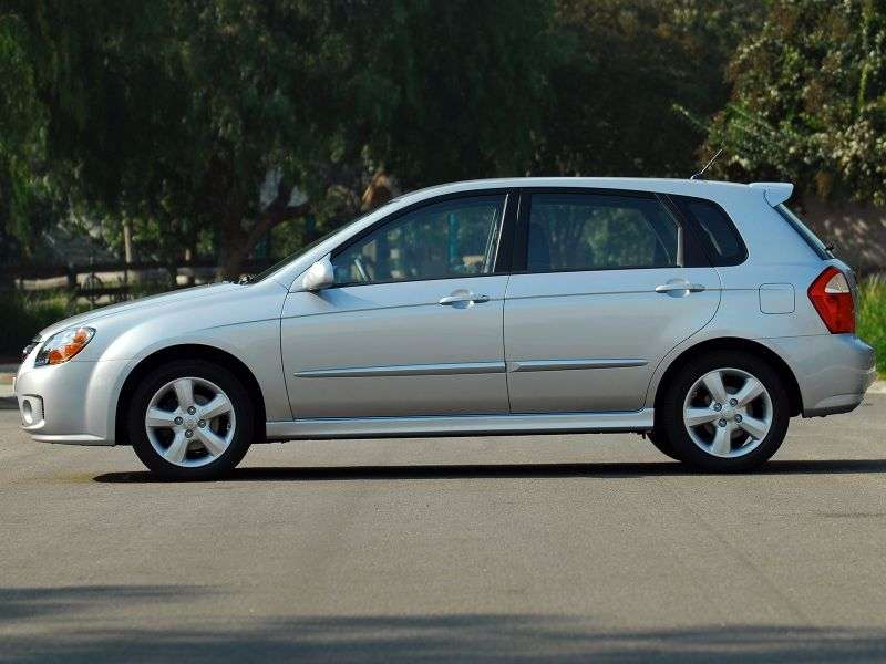 Kia Spectra 2nd generation [restyled] hatchback 2.0 AT (2007–2009)