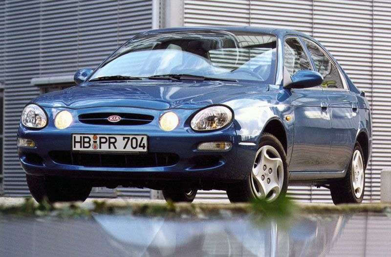 Kia Shuma 1 generation hatchback 1.5 MT (1997–2001)