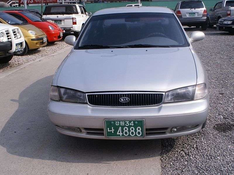 Kia Credos 1st generation sedan 2.0 AT (1995–1998)