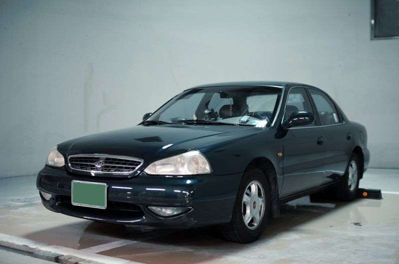 Kia Credos 1st generation [restyled] sedan 2.0 AT (1998–2000)