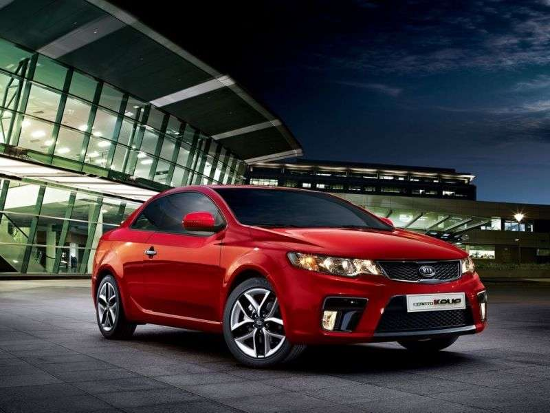 Kia Cerato 2nd generation KOUP coupe 2.0 MT Luxe (2010–2013)