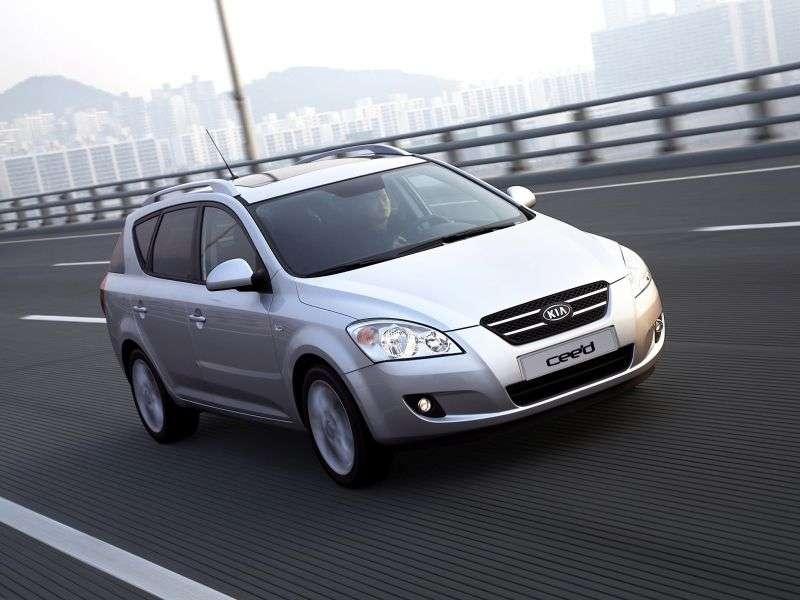 Kia Ceed 1st generation SW wagon 1.6 CRDi MT (2007–2009)