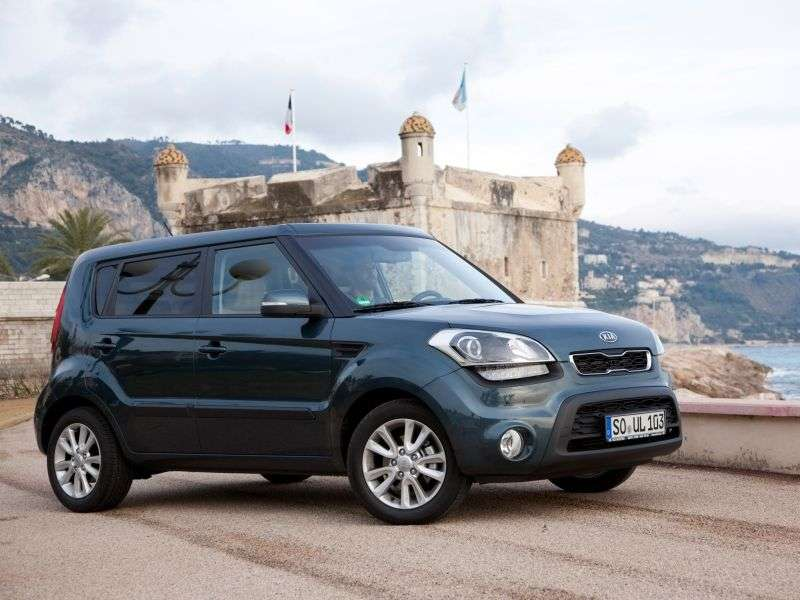 Kia Soul 1st generation [restyled] 1.6 CRDi AT Luxe hatchback (2012) (2011 – n.)