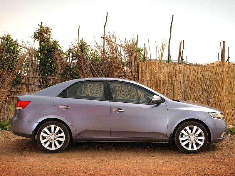 Kia Cerato 2nd generation sedan 1.6 MT Comfort (2012) (2009–2013)