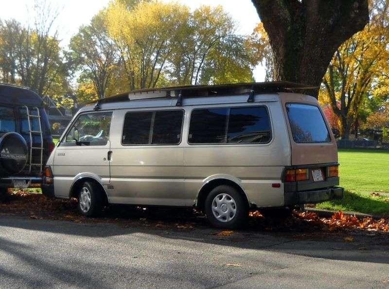 Kia Besta 1st generation Minivan 2.2 D MT (1986–1989)