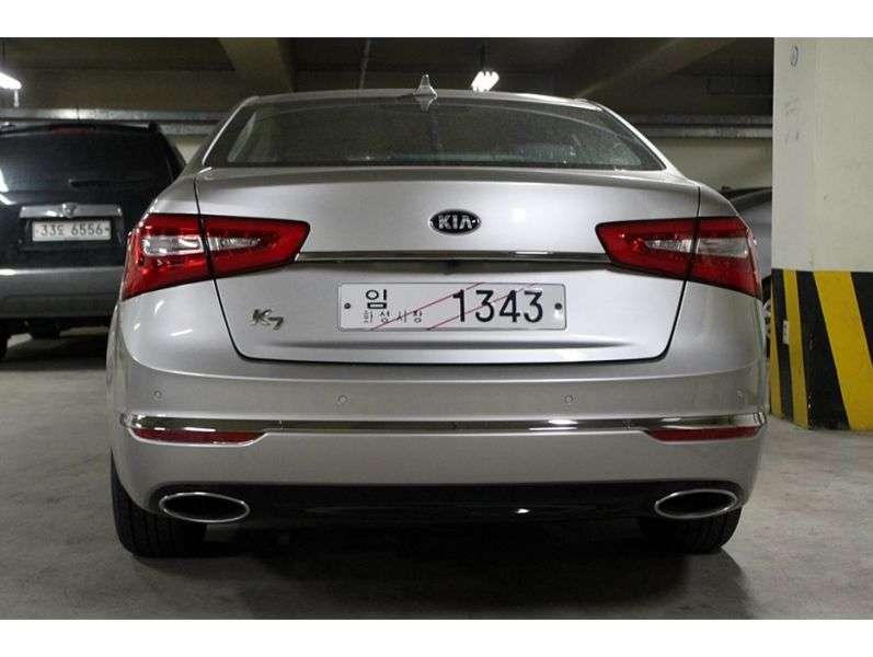 Kia K7 1.generacji [zmiana stylizacji] sedan 3.0 GDi AT (2012 obecnie)
