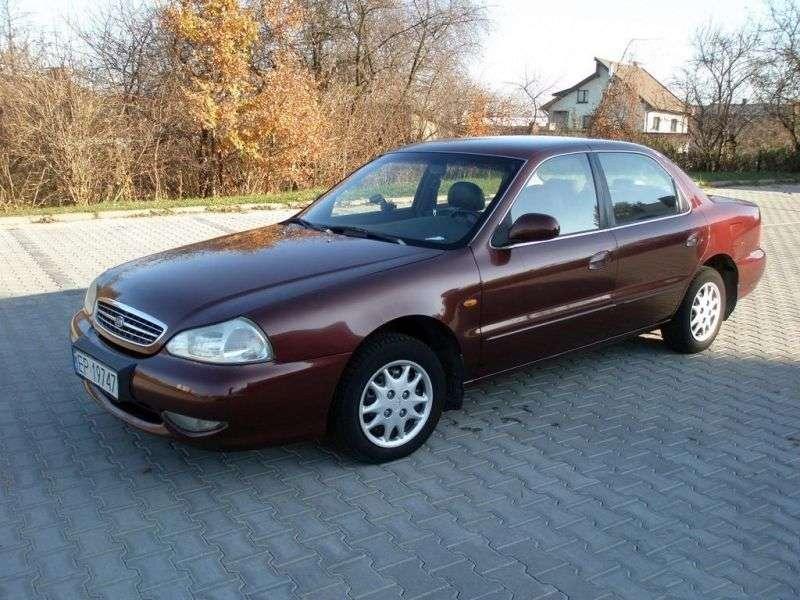 Kia Clarus 1.generacji [zmiana stylizacji] sedan 1.8 MT (1998 2001)