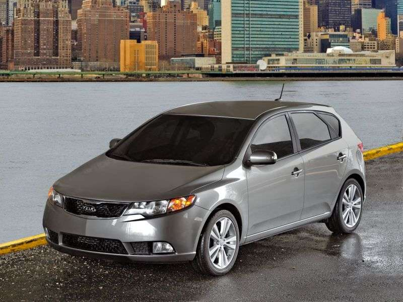 Kia Forte 1st generation hatchback 1.6 GDi AT (2010 – n.)