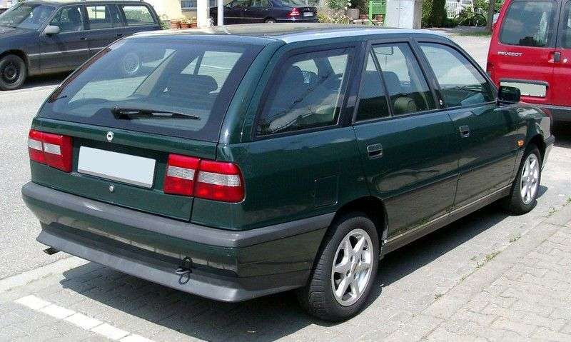 Lancia Dedra 1st generation Station Wagon station wagon 2.0 MT E (1994–1999)