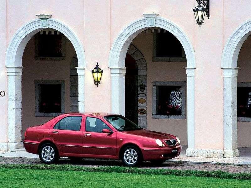 Lancia Lybra 1st generation sedan 2.4 TD MT (2000–2002)