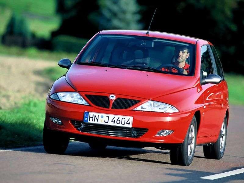Lancia Y 1st generation hatchback 1.1 MT (1997–1999)