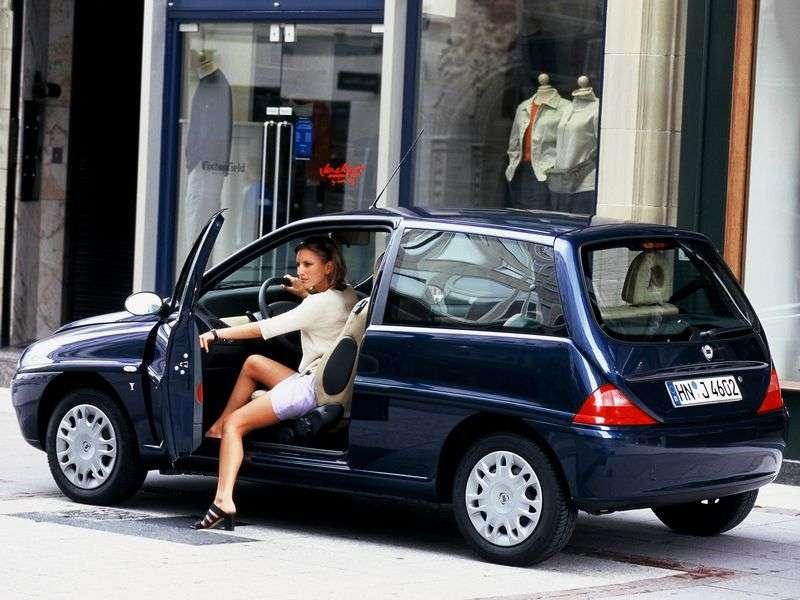 Lancia Y 1 generation hatchback 1.4 MT (1996–2002)