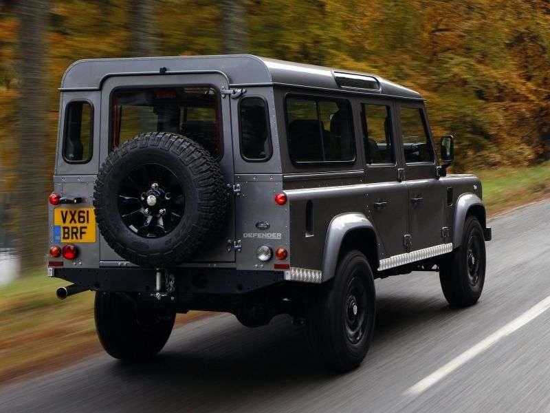 Land Rover Defender 1st generation [restyling] 110 5 dv SUV 2.2 TD MT Base (2013) (2011 – present century.)
