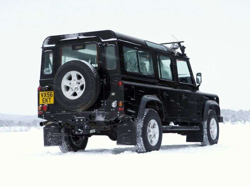 Land Rover Defender 1st generation [restyling] 110 5 dv SUV 2.4 TD MT Base (2007–2011)