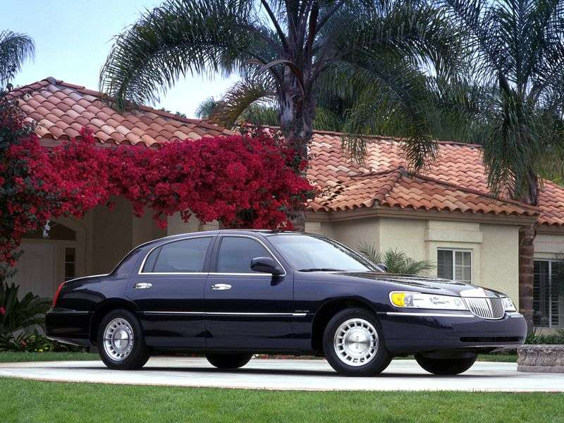 Lincoln Town Car 3rd generation sedan 4.6 AT (2001 – n. In.)