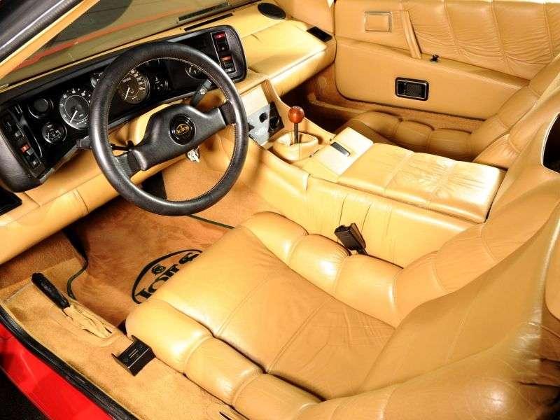 Lotus Esprit 3rd generation coupe 2.2 MT (1981–1987)