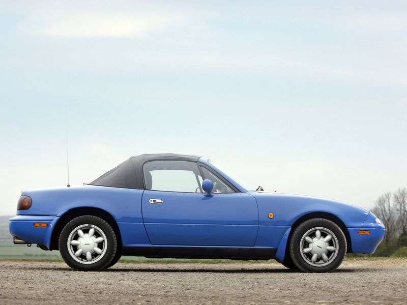 Mazda MX 5 NA 1.6 MT Convertible (1990–1994)
