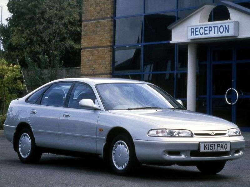 Mazda 626 GEhetchbek 1.8 MT (1991–1997)