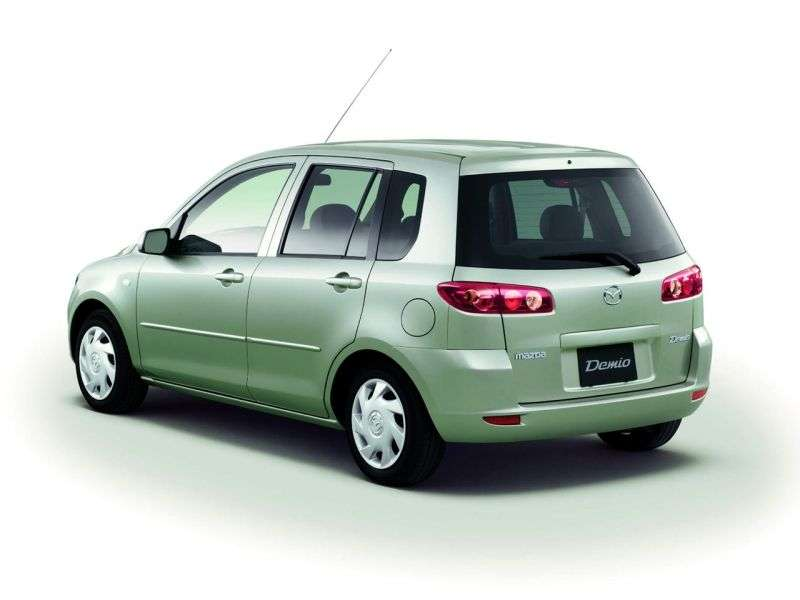 Mazda Demio 2nd generation hatchback 1.3 MT (2002–2007)