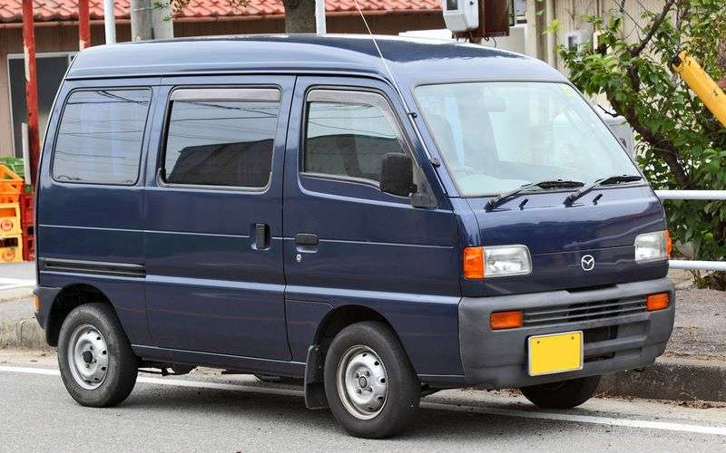 Mazda Scrum minivan 1. generacji 0.7 AT Turbo (1995 2000)