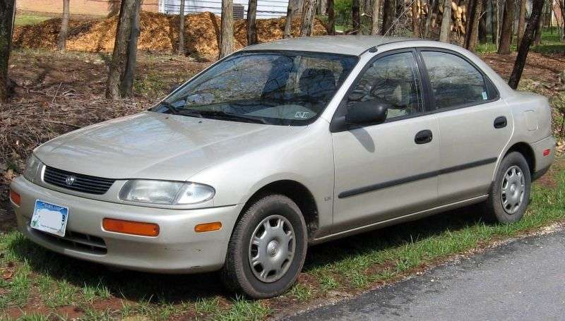 Mazda Familia 7th generation sedan 1.6 AT (1994 1998)