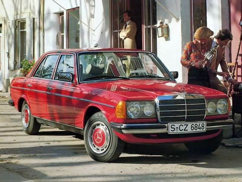 Mercedes Benz E Class w123sedan 240 D AT (1976–1978)