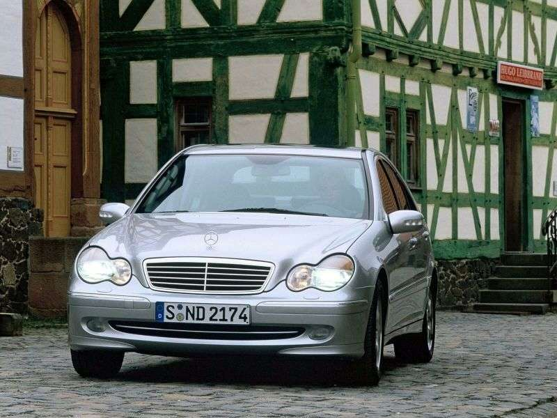 Mercedes Benz C Class W203 / S203 / CL203 sedan 4 bit. C 200 CDI MT (2000–2003)