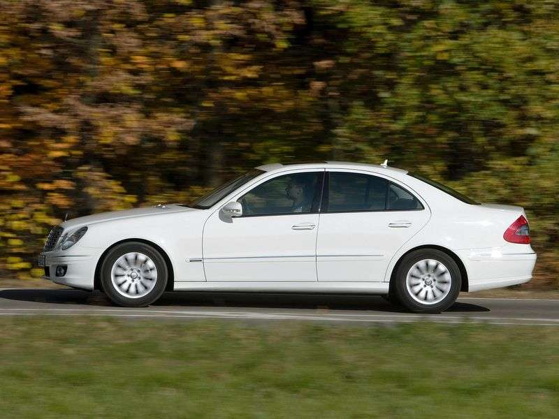 Mercedes Benz E Class W211 / S211 [restyling] 4 door sedan. E 200K AT (2006–2009)