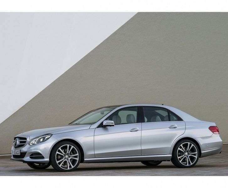 Mercedes Benz E Class W212 / S212 / C207 / A207 [restyling] 4 door sedan E 220 CDI 7G Tronic Plus Special Series (2013 – present)