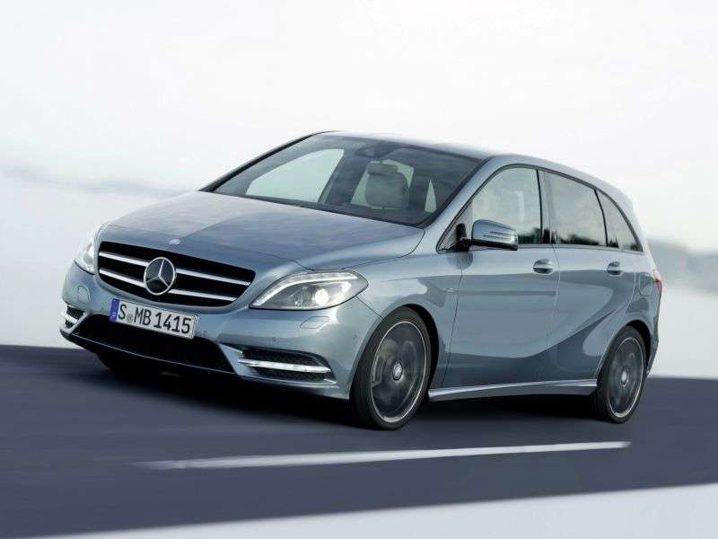 Mercedes Benz B Class W246etchback B 180 CDI BlueEfficiency 7G DCT (2012 – N)