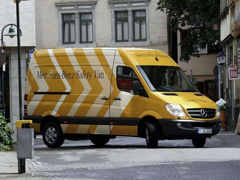 Mercedes Benz Sprinter W906 van 211 CDi MT standard base high roof Base (2006 – N)