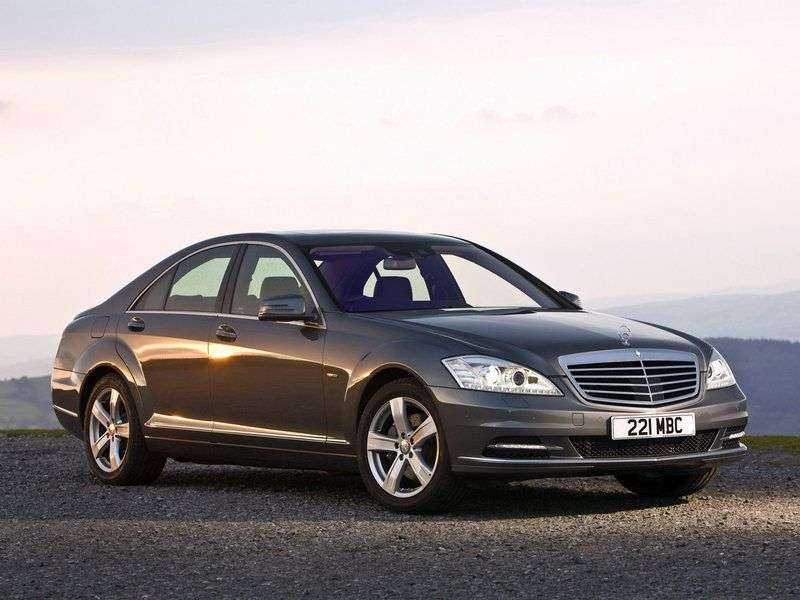 Mercedes Benz S Class W221 [restyling] 4 door sedan S 350 BlueEfficiency AT Basic (2011–2013)