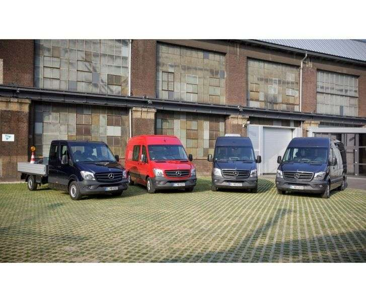 Mercedes Benz Sprinter W906 [restyling] Minibus 316 MT L2H1 Basic (2013 – n.)