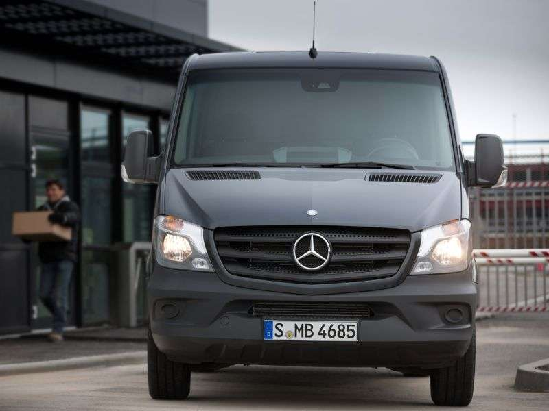 Mercedes Benz Sprinter W906 [restyling] van 216 CDi MT L2H1 Basic (2013 – n.)