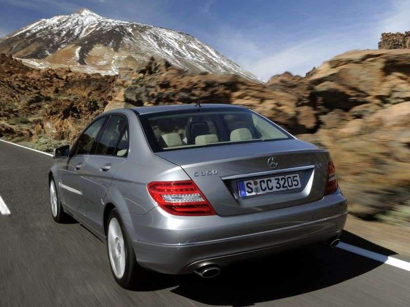 Mercedes Benz C Class W204 / S204 [restyling] 4 door sedan. C 180 CDI 7G Tronic Plus (2011 – n. In.)