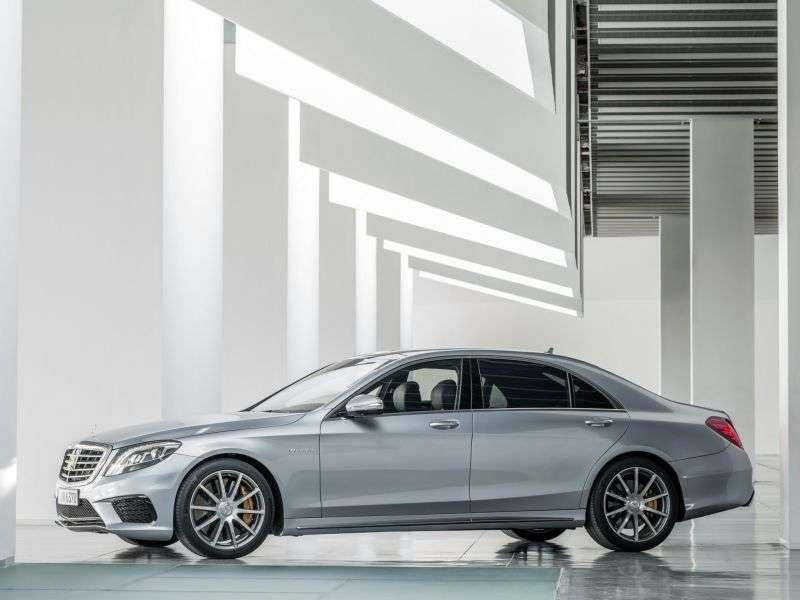 Mercedes Benz S Class W222AMG 4 doors sedan. S 63 AMG SPEEDSHIFT MCT (2013 – v.)