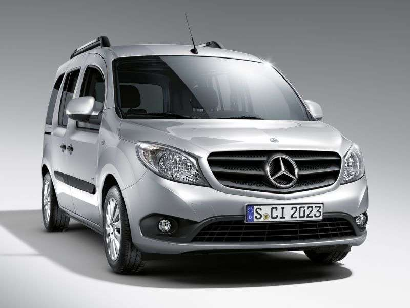 Mercedes Benz Citan 1st generation Minibus 111 CDI MT Basic (2013 – current century)