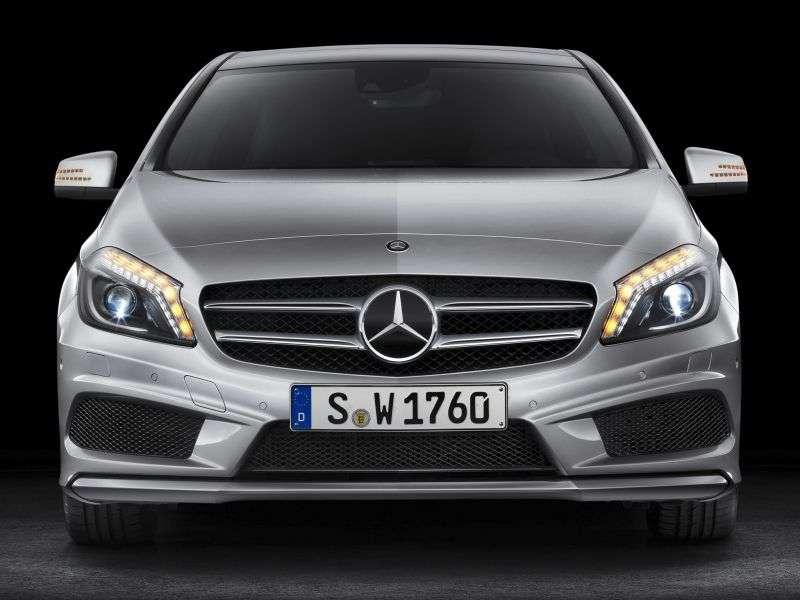 Mercedes Benz A Class W176hetchbek 5 dv. A 200 BlueEfficiency 7G DCT (2012 – current century)