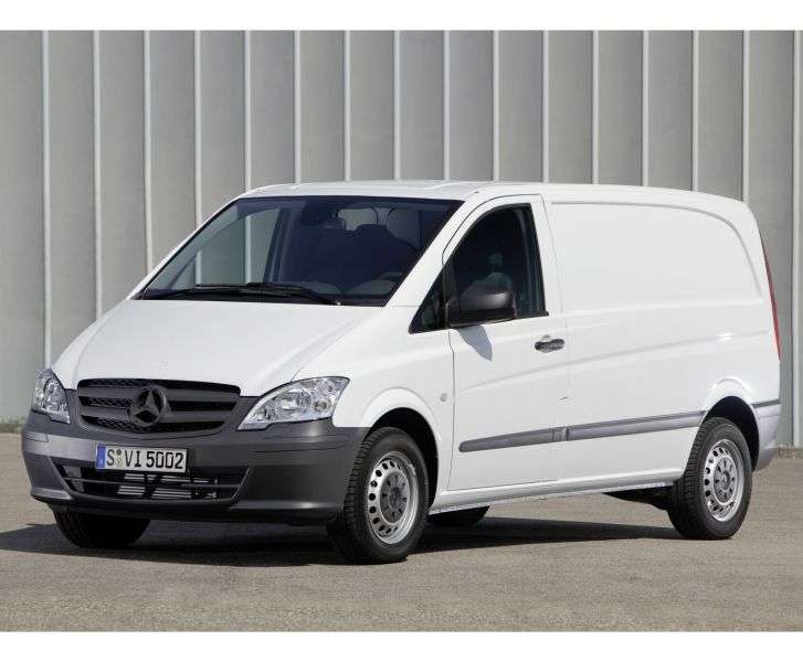 Mercedes Benz Vito W639 [restyling] van 122 CDI AT compact Basic (2010 – n.)