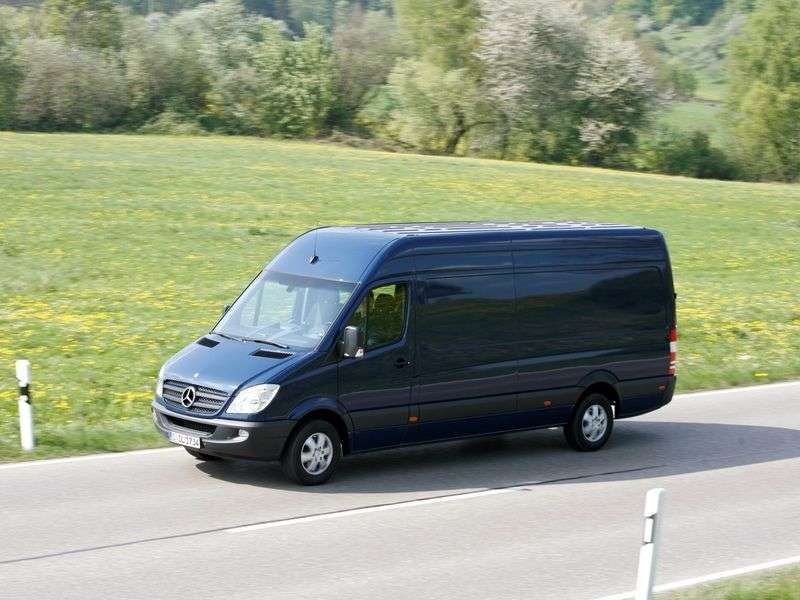 Mercedes Benz Sprinter W906 van 316 MT standard base high roof Base (2006 – present century)
